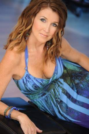 dixie carter net worth