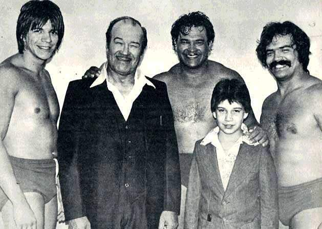 Gory and his sons, check out young Eddy!